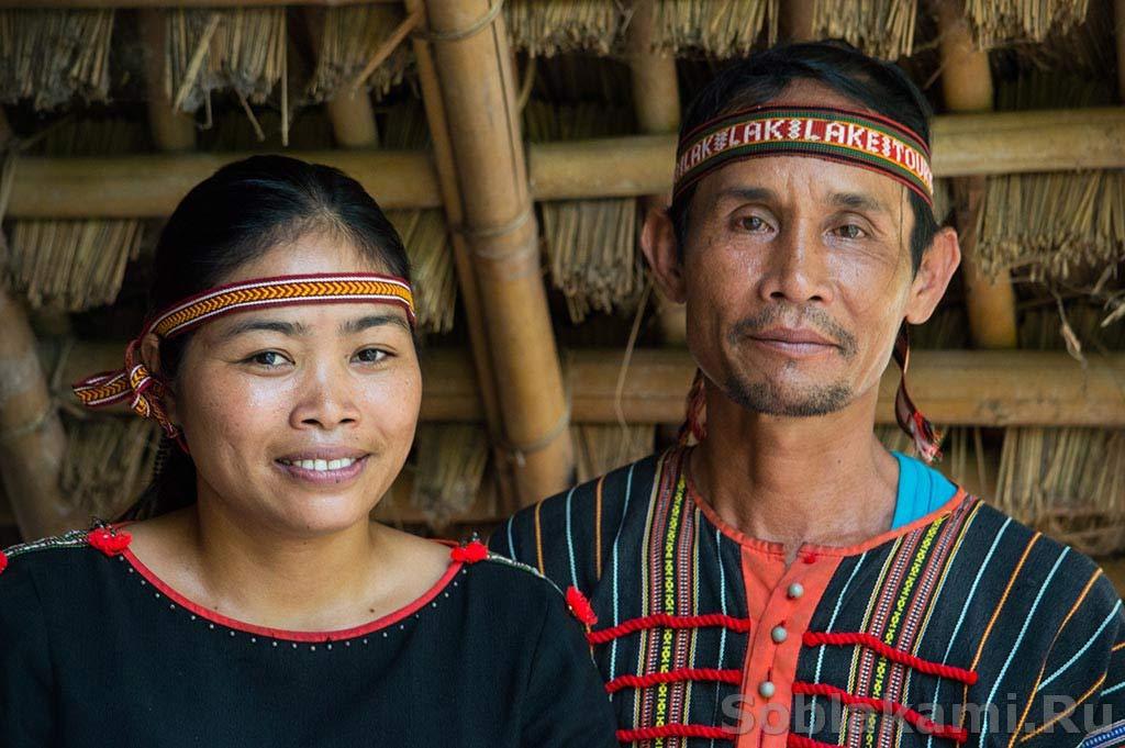 Даклак: таинственные мнонги - как живут, что едят, в кого верят