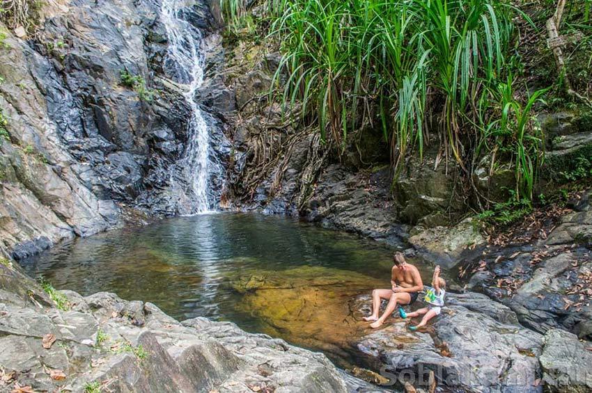 Кипящие источники и холодные водопады: Makinit Hotsprings и Nagkalit-kalit Waterfalls в Эль Нидо