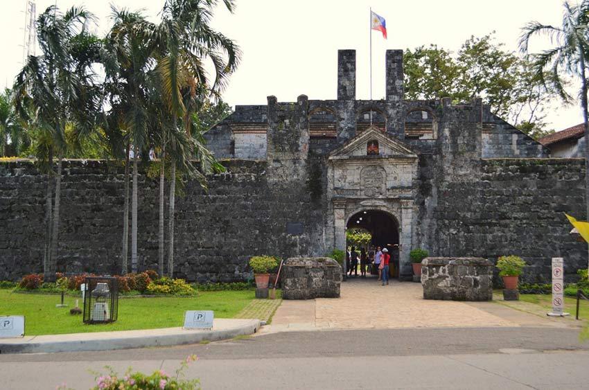 Форт Сан Педро в Себу: как мы искали похищенную принцессу